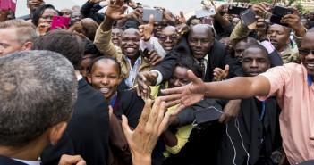 PoliticsInColor-PresObamaGreetingKenyans
